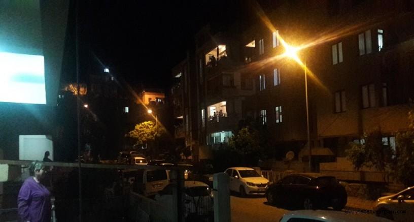 23 Nisan, Saat 21'de, Milaslılar Balkonlardan İstiklal Marşını Okudu