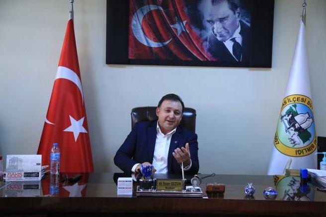 Süt Birliği Başkanı Gezgin, 10 Ocak Çalışan Gazeteciler Gününü Kutladı